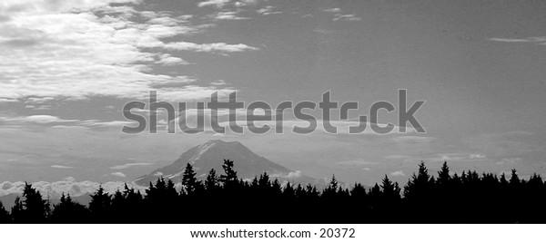Mt. Rainier viewed from Tacoma, Washington