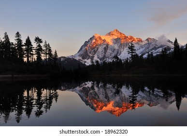 Mt. Shuksan and Picture Lake at sunset, Washington,USA