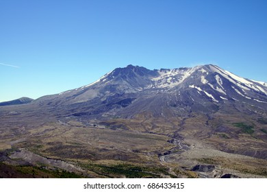 Mt St Helens crater and lava dome, seen from Johnston Ridge, Volcanic National Monument, Washington