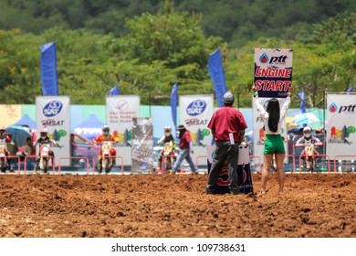 MUAKLEK, THAILAND - AUGUST 05: Unidentified riders participate in  competition Supercross Championship of Thailand, on August 05, 2012 in Muaklek, Saraburi,Thailand