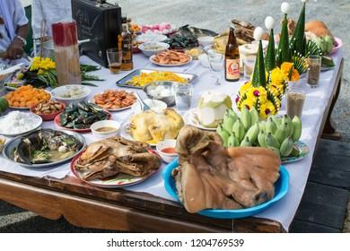 MUANG, SAMUTPRAKARN- SEPTEMBER 6 : Boiled chicken and pork for worshipping the shrine of city pillar on September 6, 2018 at The shrine of city pillar, Muang,Samutprakarn, Thailand.