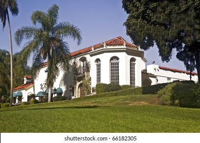 Muckenthaler Community Center in Fullerton, California, a former historic mansion