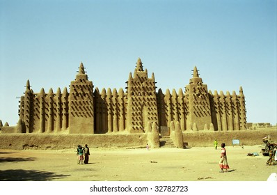 Mud mosque, Djenne, Mali