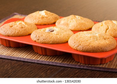 Muffins in a silicon mold