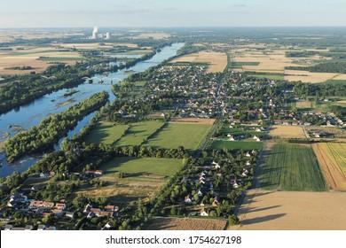 Des bouides-sur-Loire vue du ciel, département du Loir-et-Cher (41), région du Centre-Val de Loire, France