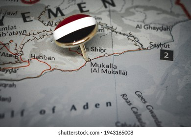 Mukalla pinned on a map with flag of Yemen