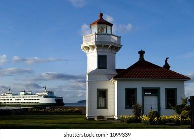 Mukilteo lighthouse and Washington state ferry
