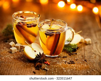 Mulled cider with cinnamon, cloves, anise and citrus