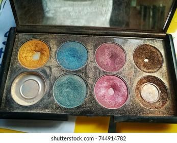 multicolor of eyes shadows