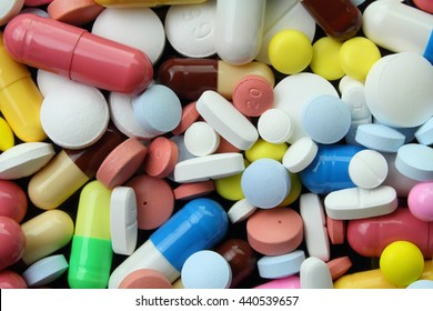Multicolored medicinal capsules, pills and tablets