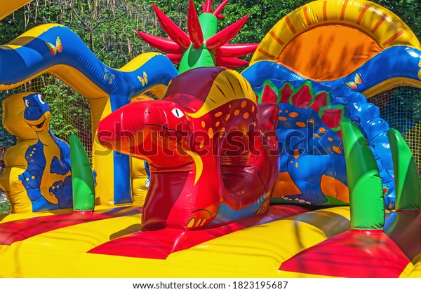 multicolored-soft-childrens-inflatable-t