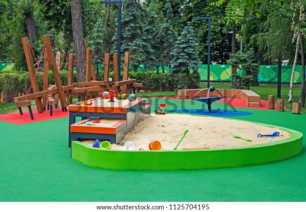 multilevel-sandbox-childrens-inclusive-g