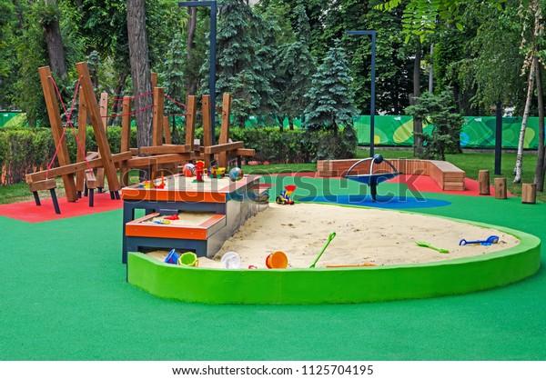 multilevel-sandbox-childrens-inclusive-g