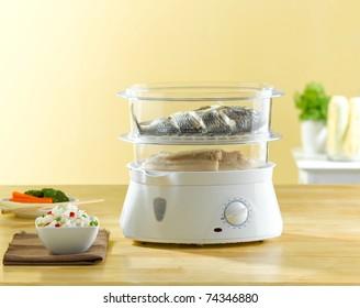 Multifonction de la casserole électrique à vapeur pour la cuisson des aliments à l'intérieur de la cuisine