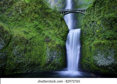 Multnomah Falls and the foot bridge across in the Columbia River Gorge