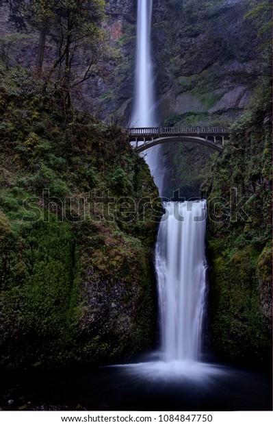 Multnomah Falls Oregon cascading tall waterfall scenic
