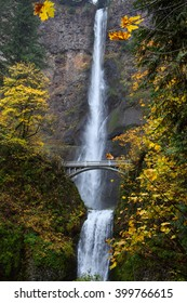 Multnomah falls Oregon, USA/Multnomah falls/Multnomah Falls on the Historic Columbia River Highway State Trail  Oregon, USA