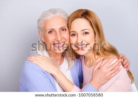 Musta kypsä Mama