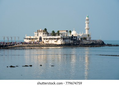 Mumbai / India 17  December 2017 Haji Ali Dargah Mosque is one of the most popular Islamic religious places at Worli in Mumbai Maharashtra India