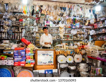 MUMBAI, INDIA, 21 OCTOBER 2015 : Street vendor selling various goods on street side shops on the occasion of Diwali festival at street market.
