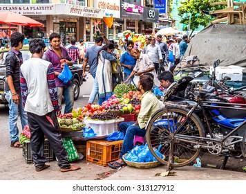 MUMBAI, INDIA - AUGUST 27, 2015 : Unknown people on the market in Mumbai, India.
