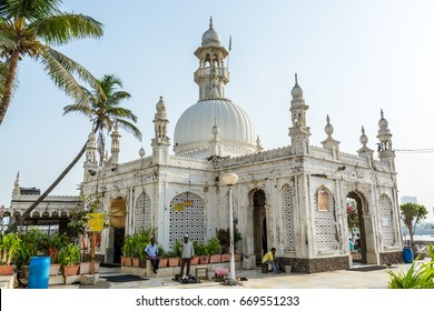 Mumbai, India, May 3rd, 2017, Haji Ali Mosque in Mumbai, built in 1431 and is one of the famous mosques in India
