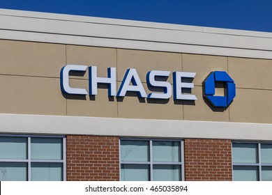 Muncie - Circa August 2016: Chase Bank Retail Location. Chase is the U.S. Consumer and Commercial Banking Business of JPMorgan Chase IV