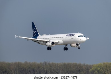Munich, Germany - April 17. 2019 : Lufthansa Airbus A321-231 with the aircraft registration D-AIDC is landing on the southern runway 8R of Munich Airport MUC EDDM