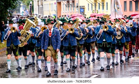 MUNICH, GERMANY - SEPTEMBER 18: people at the opening parade of the oktoberfest on September 18, 2016 in Munich, Germany