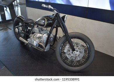 Bmw R5 Hommage Images Stock Photos Vectors Shutterstock