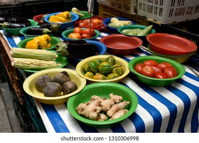 The Municipal Market of food in the city of Sao Paulo/Brasil, a place for residents and tourist visitors, there you can find all kinds of food, fruits, vegetables, plants, restaurnts ens others.