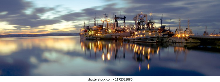 Murmansk is located on the rocky East coast of Kola Bay of the Barents sea. Worlds largest city located behind the Northern polar circle.
