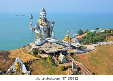 MURUDESHWAR, INDIA - FEBRUARY 3 2016: Statue of Lord Shiva was built at Murudeshwar temple on the top of hillock which overlooks the Arabian Sea and it is 37 meters in height.