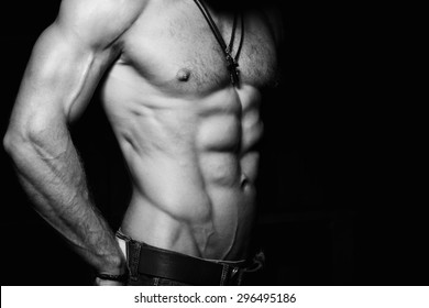 young-boys-nude-with-abs