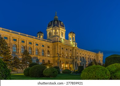 Museum of Fine Arts in Vienna by Night