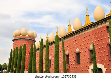 Teatro Museo Dali.Teatro Museo Dali Images Stock Photos Vectors Shutterstock