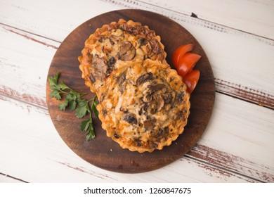 mushroom julienne in tartlets