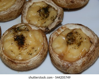 Mushrooms baked with cheese and spices