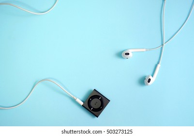Music, mp3 and earphones