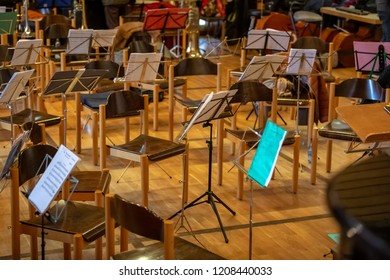 Music room with all the chairs and music notes