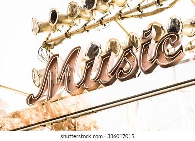 Music symbol sign - vintage filter