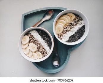 musli bowls with banana