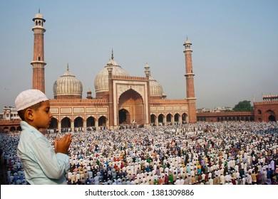 Muslim Devotees offer Eid-ul-fitr prayers at Jama Masjid, Meena Bazaar, Chandni Chowk, Delhi, 16 October 2013