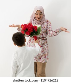 Muslim girl with roses