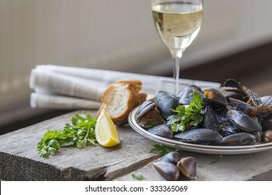 mussels in a creamy sauce