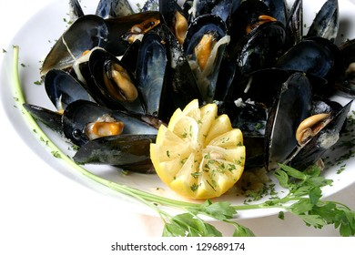 mussels and lemon