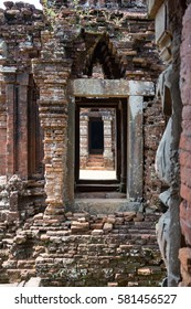 MY SON, VIETNAM - OCTOBER 20, 2016: Hindu ruins at  My Son.