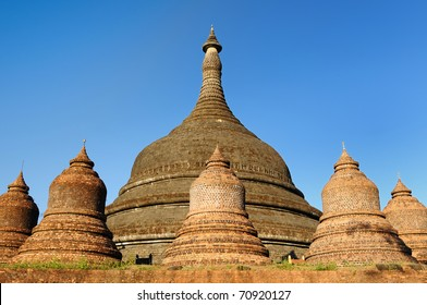 Myanmar (Burma), Mrauk U temples. Ratanabon Paya (stupa) - this massive stupa is ringed by 24 smaller stupas. It was apparently built by Queen Shin Htway in 1612.