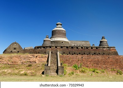 Myanmar (Burma), Mrauk U temples. Dukkanthein Paya - built by King Minphalaung in 1571 in particulary troubled times, Dukkanthein's interior features spiralling cloisters lined with images of Buddha.
