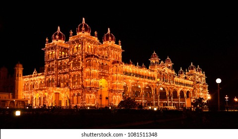 Mysore Palace at Night, Mysore, Karnataka Turism